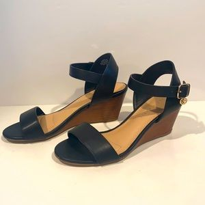 NEW Kelly & Katie black wedge sandals